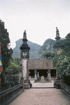 Hoa Lư - Đền thờ vua Đinh Tiên Hoàng  (ảnh PQV)