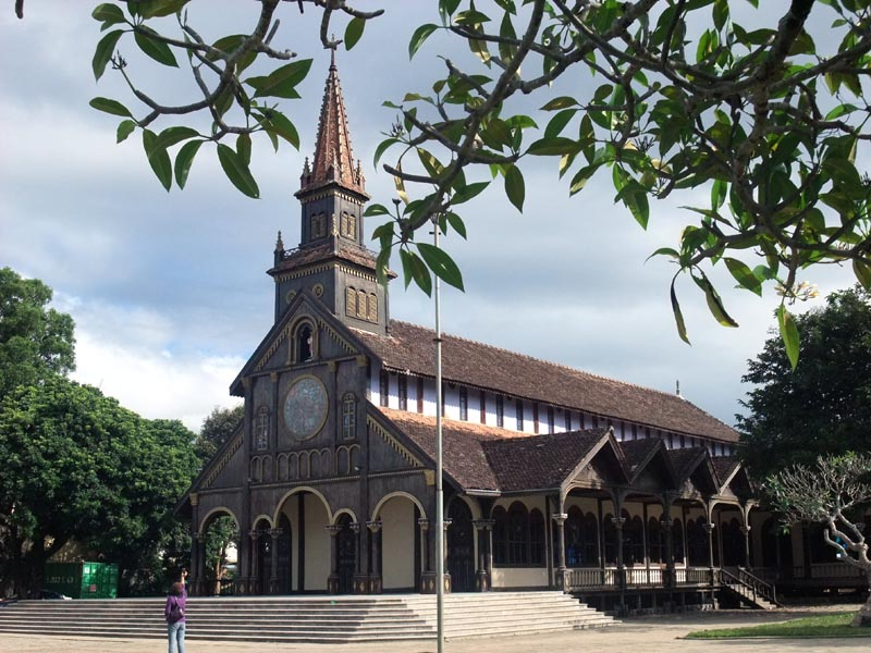 Nhà thờ gỗ ở Kontum