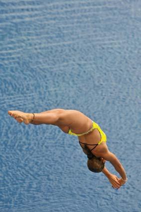 femme plongeante