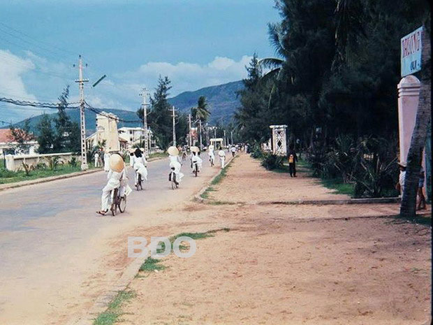 Đường Nguyễn Huệ