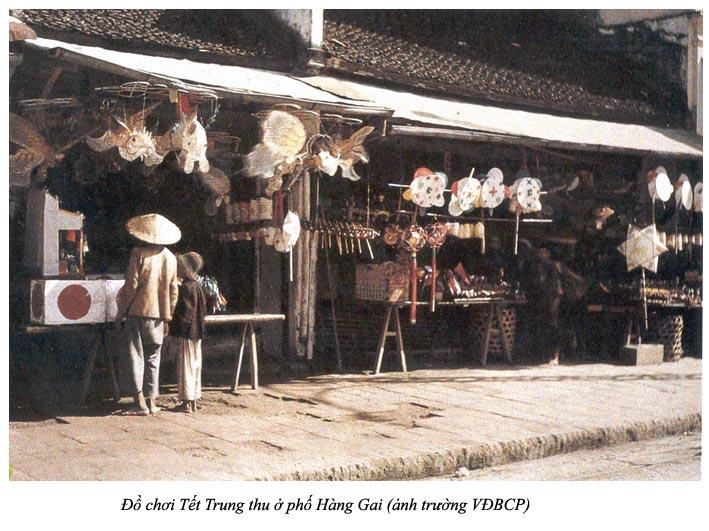 TetTrungThuPhoHangGai